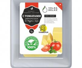 Сыр с томатами Volko Molko 180 г